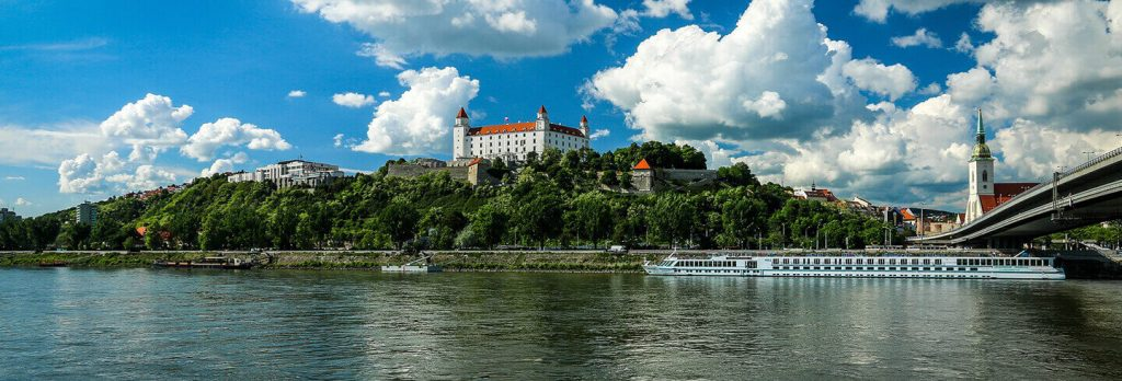 bratislava-panoramatic-tour-by-car-or-bus