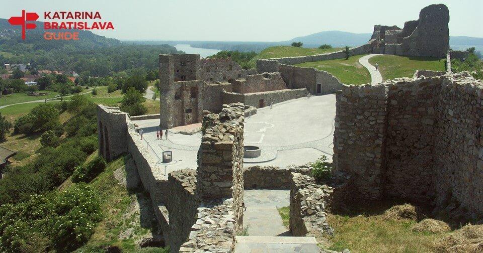 devin-castle-tour-bratislava-tourism-infomation