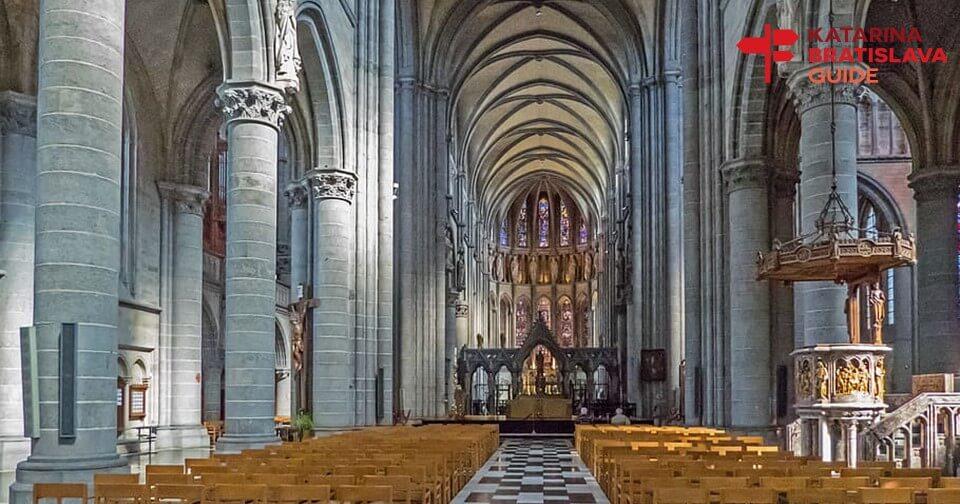 st-martin-cathedral-bratislava-tour